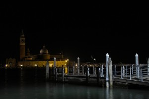 Venezia-in-the-night