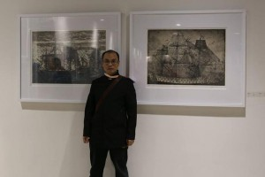 Director Mr. Zhao Jiachun in the exhibition