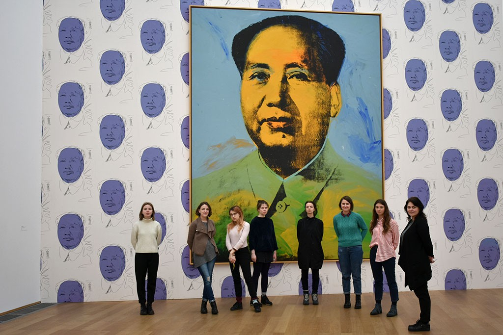 Students infront of Andy Warhol print in Hamburger Bahnhof, Berlin